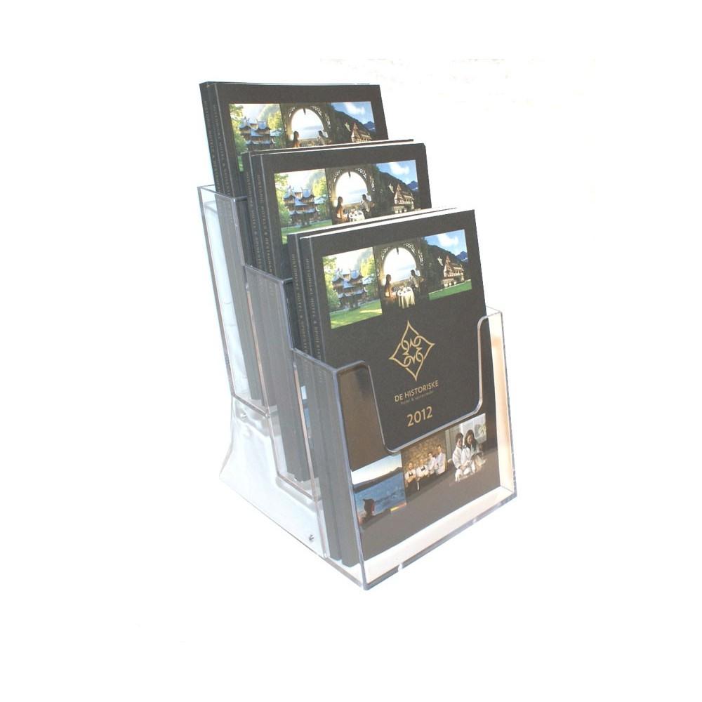 Trippel brosjyreholder i plexi har plass til både tynne og tykkere brosjyrer.