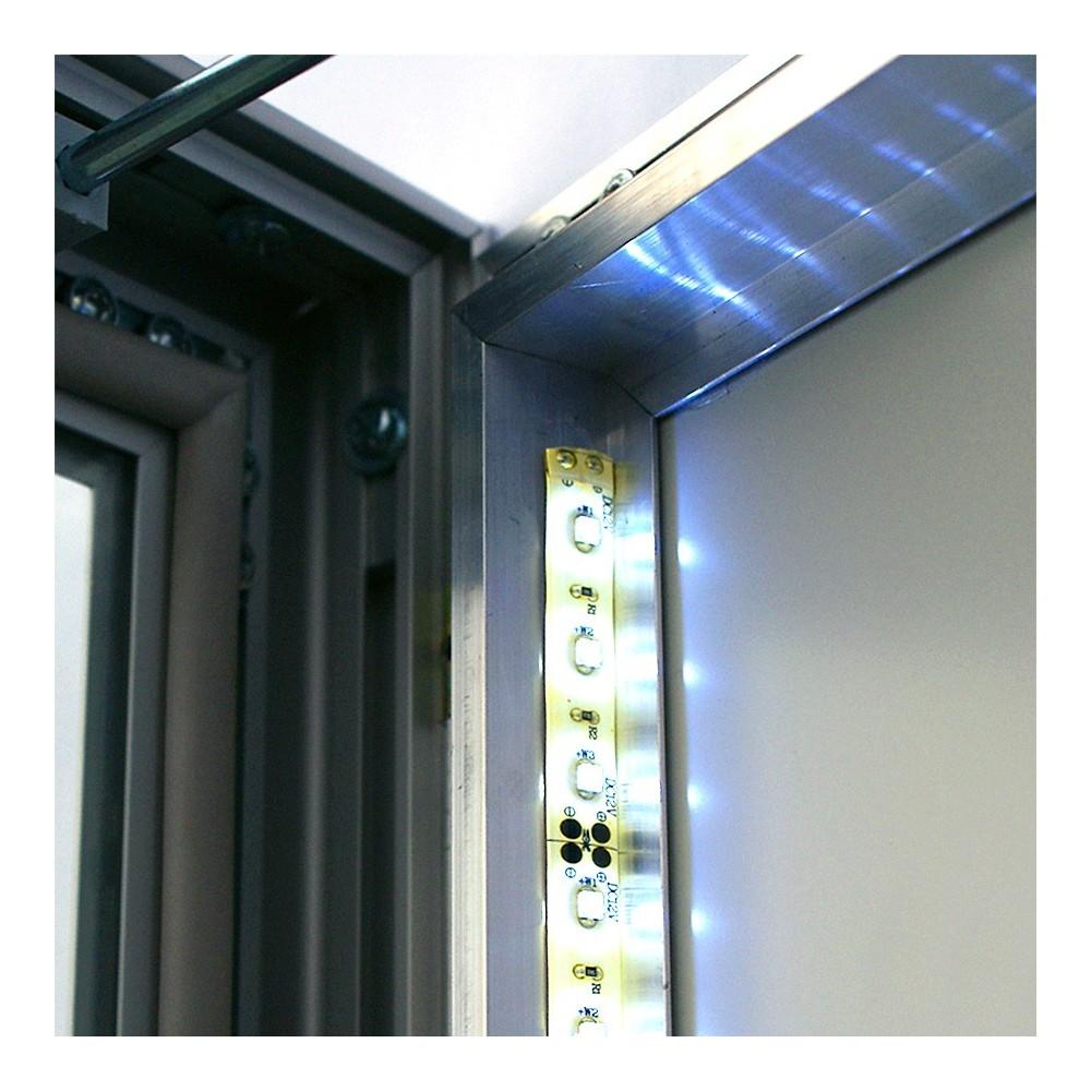 Utendørs oppslagstavle med LED lys