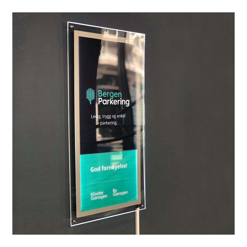 Led lyskilt i bruk i Bergen Kino for Bergen parkering