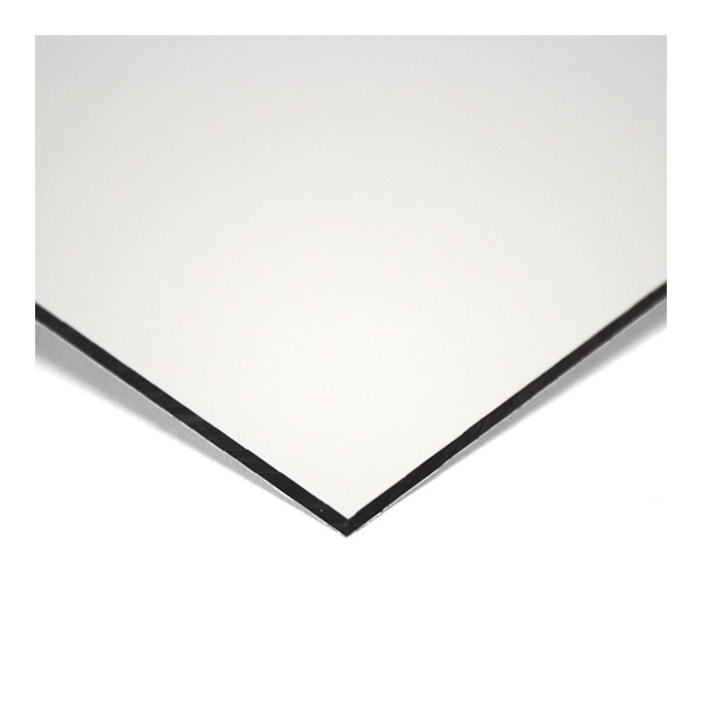 Skilt, sort folie montert på aluminiumsplate