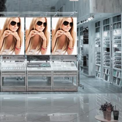 Perfekt plakatlist til å henge plakater i fra tak i butikk