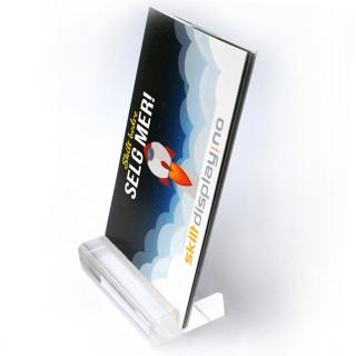 Moderne kortholder passer godt til å vise visittkort i stående format